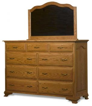 Amish Crown Villa Mule Dresser and Mirror